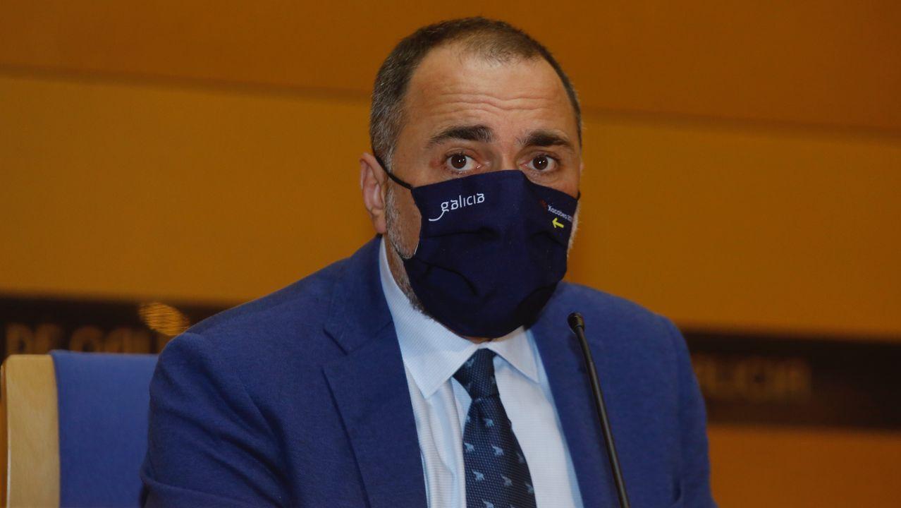 El conselleiro de Sanidade, Julio García Comesaña