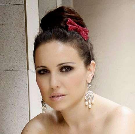 Begoña Salgueiro estuvo acompañada al piano por Brais González.