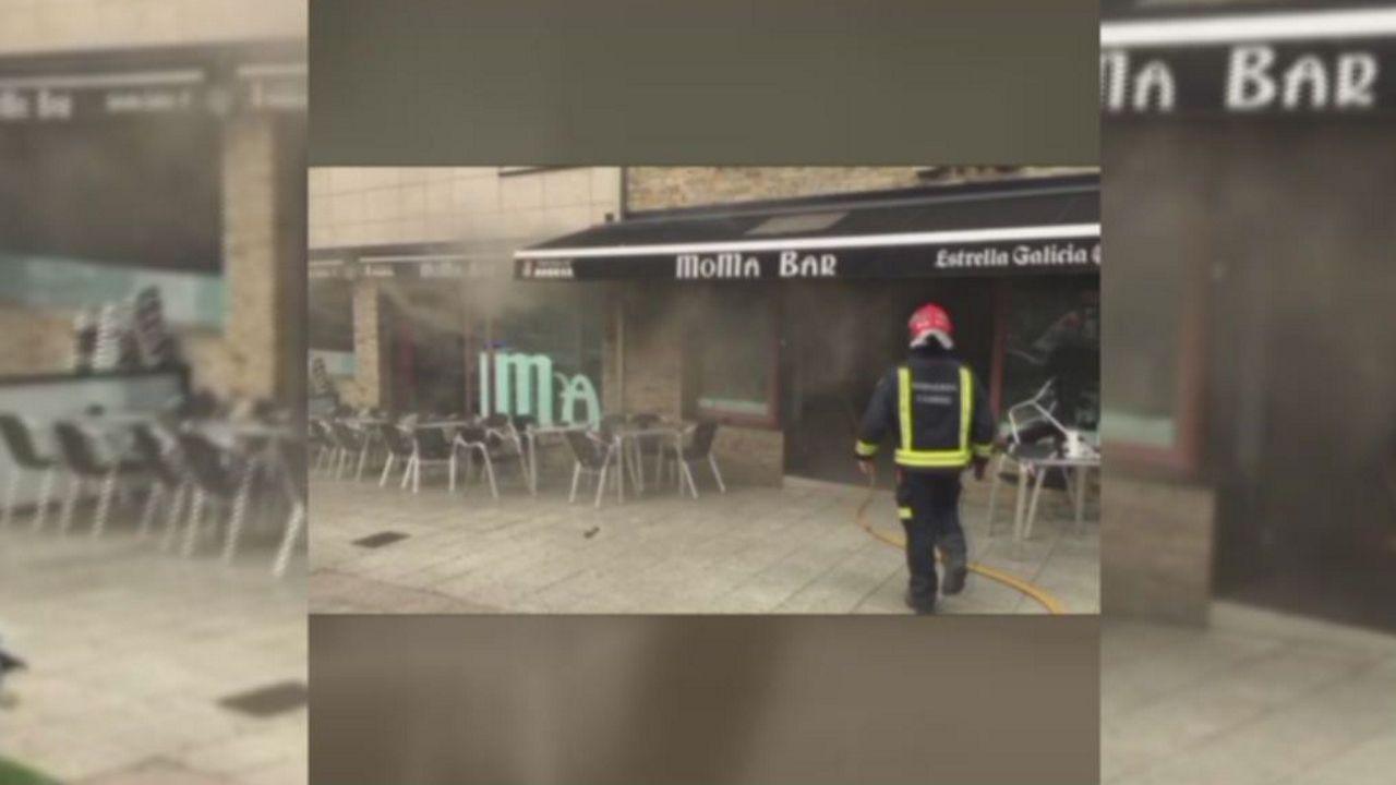Un incendio afecta a la cocina de una cafetería da Costa da Tapia, en Cambre