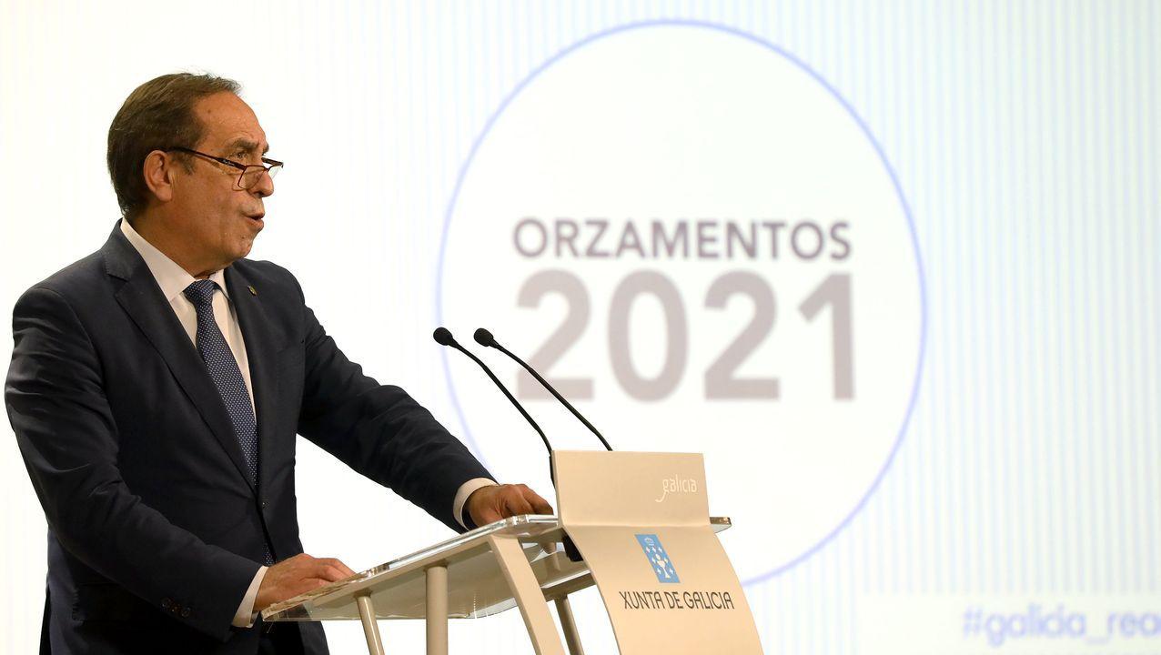 El conselleiro de Facenda, Valeriano Martínez, presentando esta mañana las cuentas de Galicia para el 2021