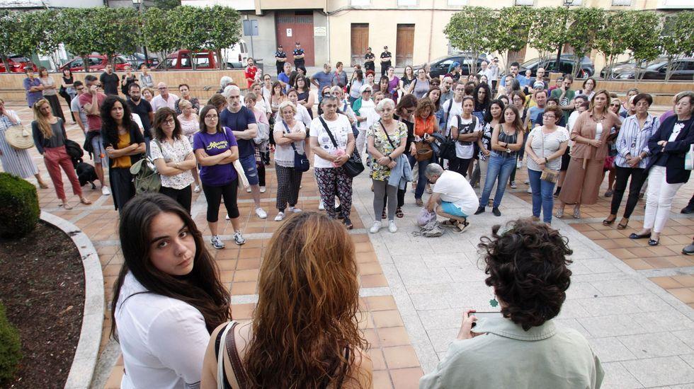 Concentración organizada por Femforte fronte á casa consistorial de Monforte o pasado mes de xullo