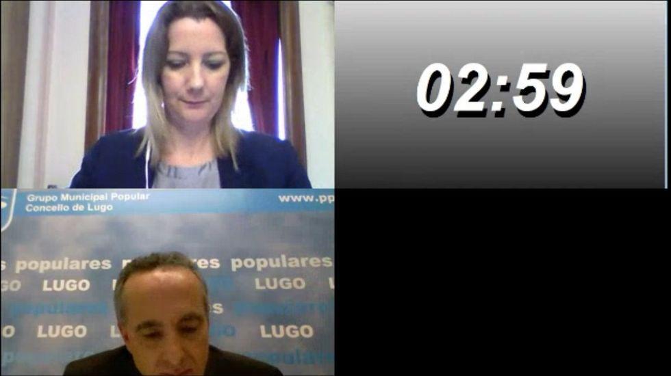 La alcaldesa Lara Méndez y el portavoz del PP, Ramón Carballo