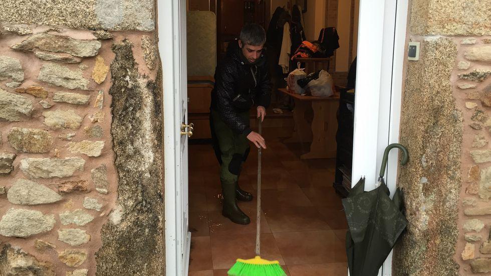 Casa inundada en Bens, A Coruña