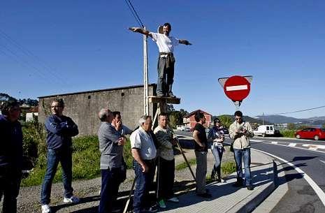 Los afectados de Vilaboa han protagonizado muchas protestas como las «crucifixiones» en Cobres.