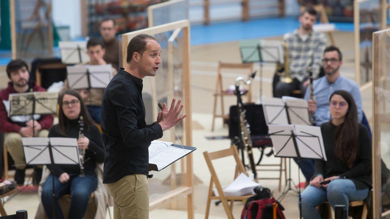 David Fiuza durante a proba para seleccionar ao director da Banda Municipal de Lugo