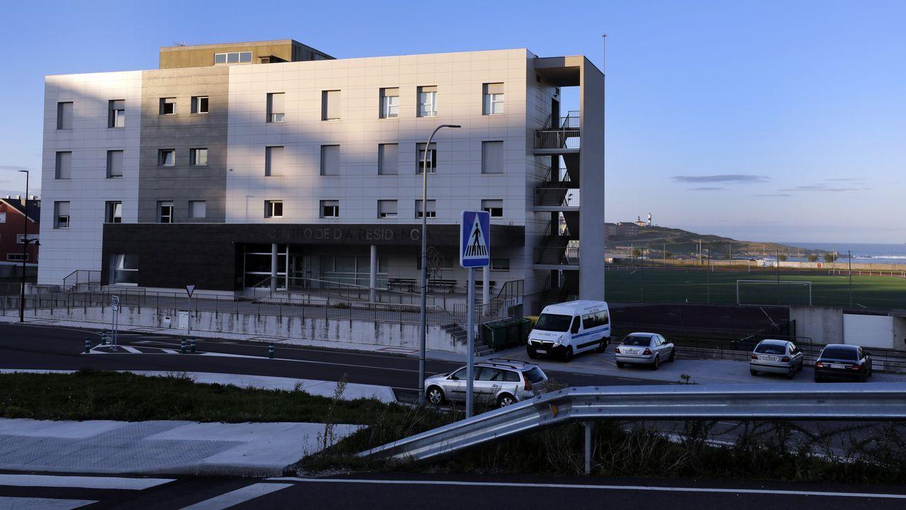 En la residencia de mayores y centro de día de San Cibrao se contabilizaban este viernes 31 casos de covid-19 (24 de usuarios y 7 de trabajadores)