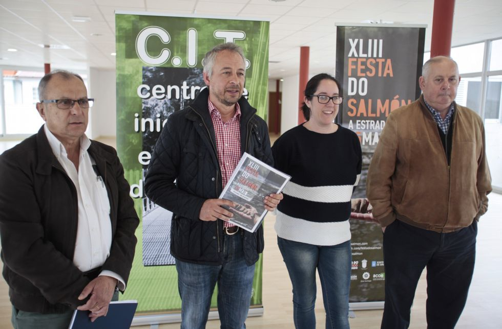 Los representantes del CIT, el Concello, los hosteleros y Río Ulla presentaron ayer la fiesta.
