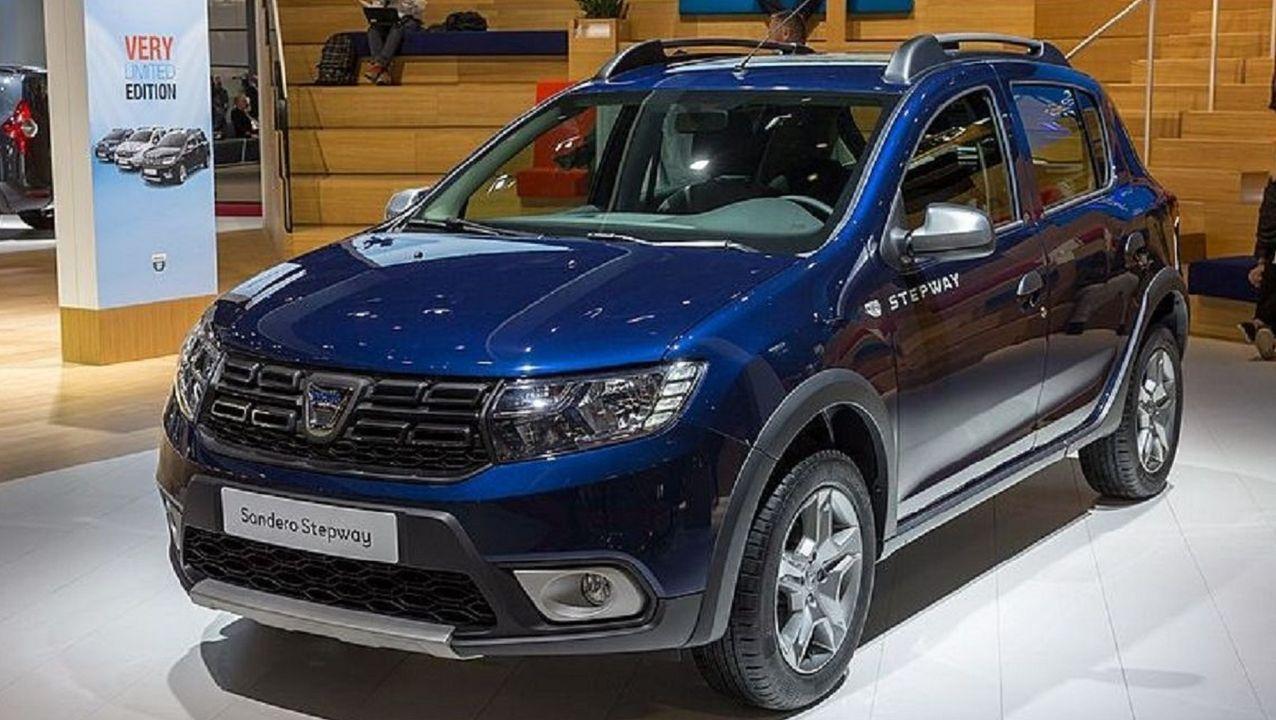 Probamos el Lexus ES 300h Executive.Dacia Sandero. El equilibrio entre precio y calidad ha hecho que sea el más vendido del 2019