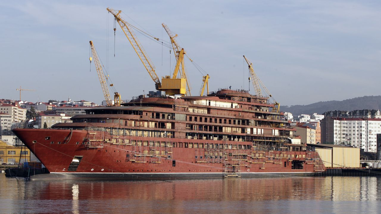 Así es el buque que construye Barreras en Vigo.Romero Oropeza, director general de Pemex