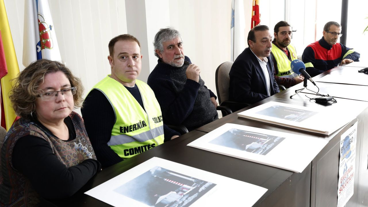 Manifestación en Madrid.El comité de Alcoa, con Xoán Guerreiro y el alcalde de Xove, cuando Guerreiro le donó serigrafías para crear una caja de resistencia