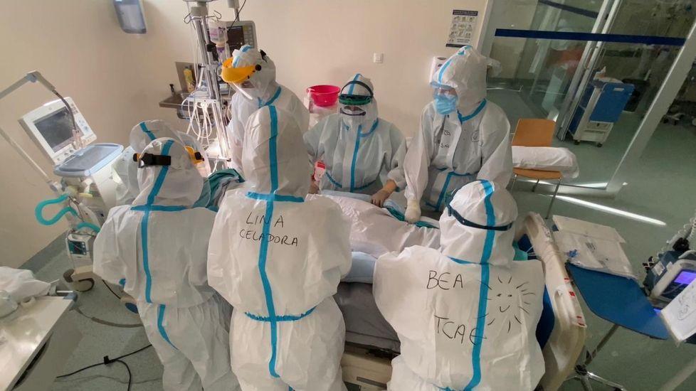 Pacientes que estuvieron en la uci covid de Ourense Jacobo Rodríguez y Manuel Carrera.En la uci-covid del CHUO hay 15 pacientes ingresados