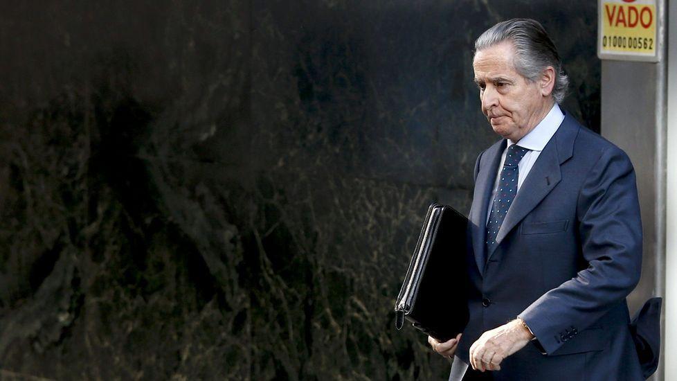 Incidentes a la salida de Blesa del Tribunal Superior de Justicia de Madrid.Matía Amat abandonando la Audiencia Nacional