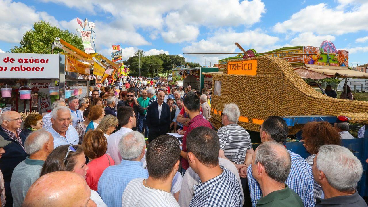 La Festa da Pataca se sobrepone al abrupto cambio de gobierno local