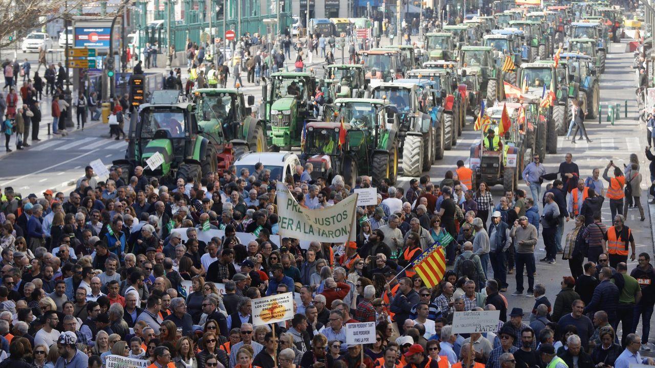Yolanda Díaz anima a los agricultores a que «aprieten» y «defiendan sus derechos»