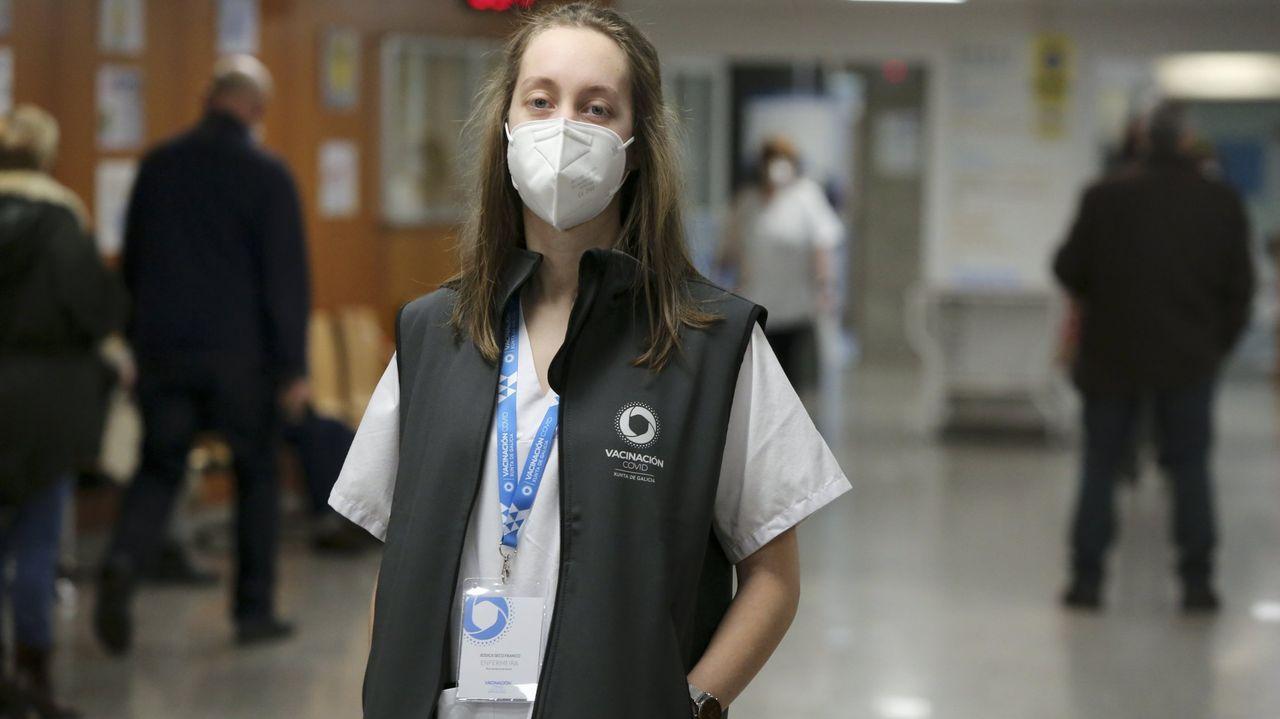 Jessica Seco, enfermera que pasó por el centro covid y ahora administra vacunas
