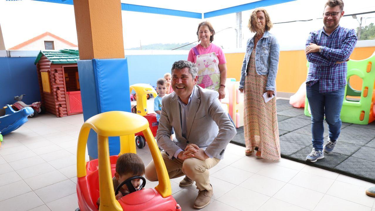 Las imágenes de la andaina inclusiva y accesible de Íntegro en Camariñas.Los estudios de Farmacia de la USC están en los puestos 151-200 del mundo, según el ranking británico
