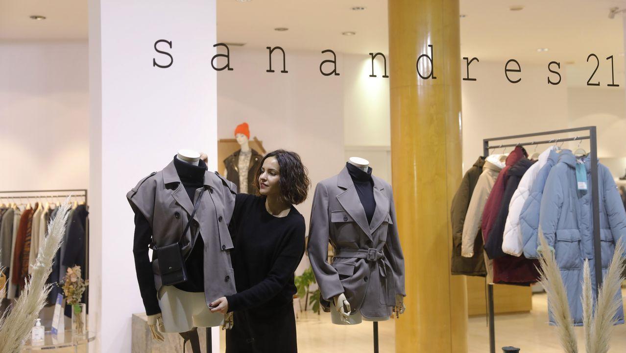 Así es SanAndres21.Imagen de archivo de gente en los juzgados de Vigo