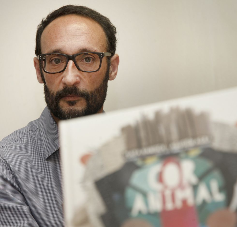 Agustín Agra, durante a presentación do seu novo libro<span lang= es-es >. </span>