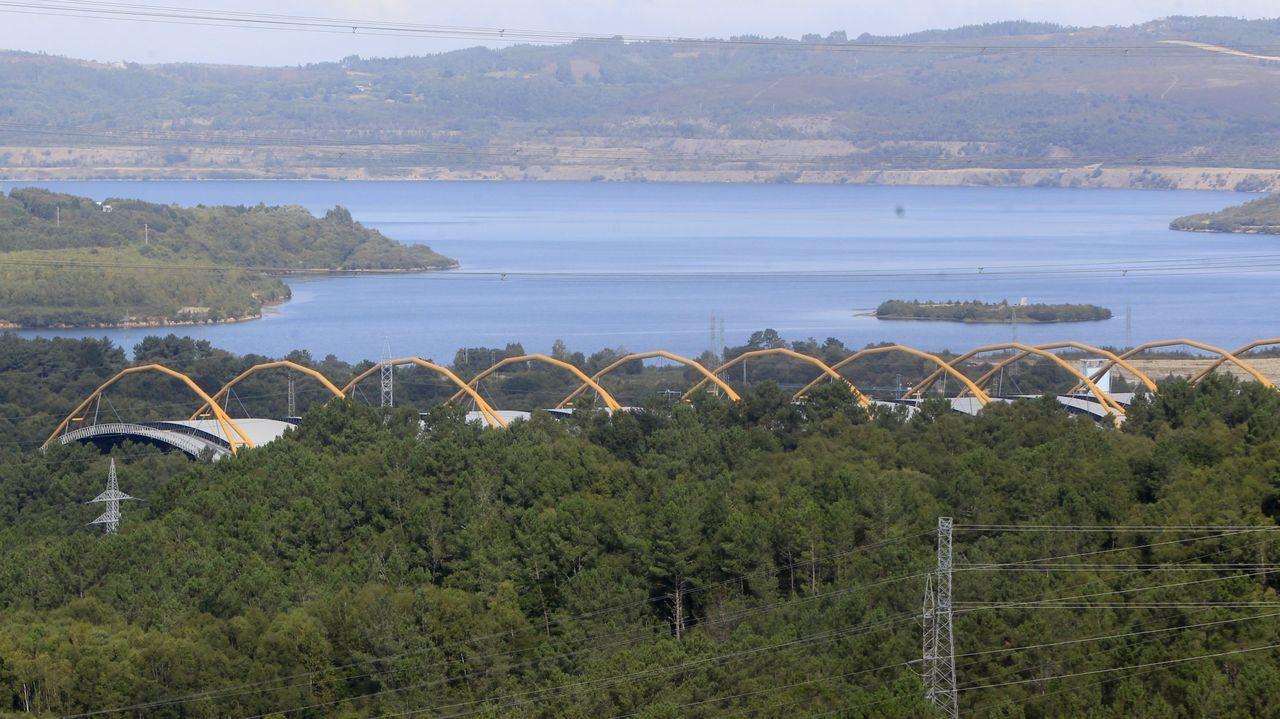 La central de Endesa en As Pontes, en foto de archivo, lleva dos años con escaso uso
