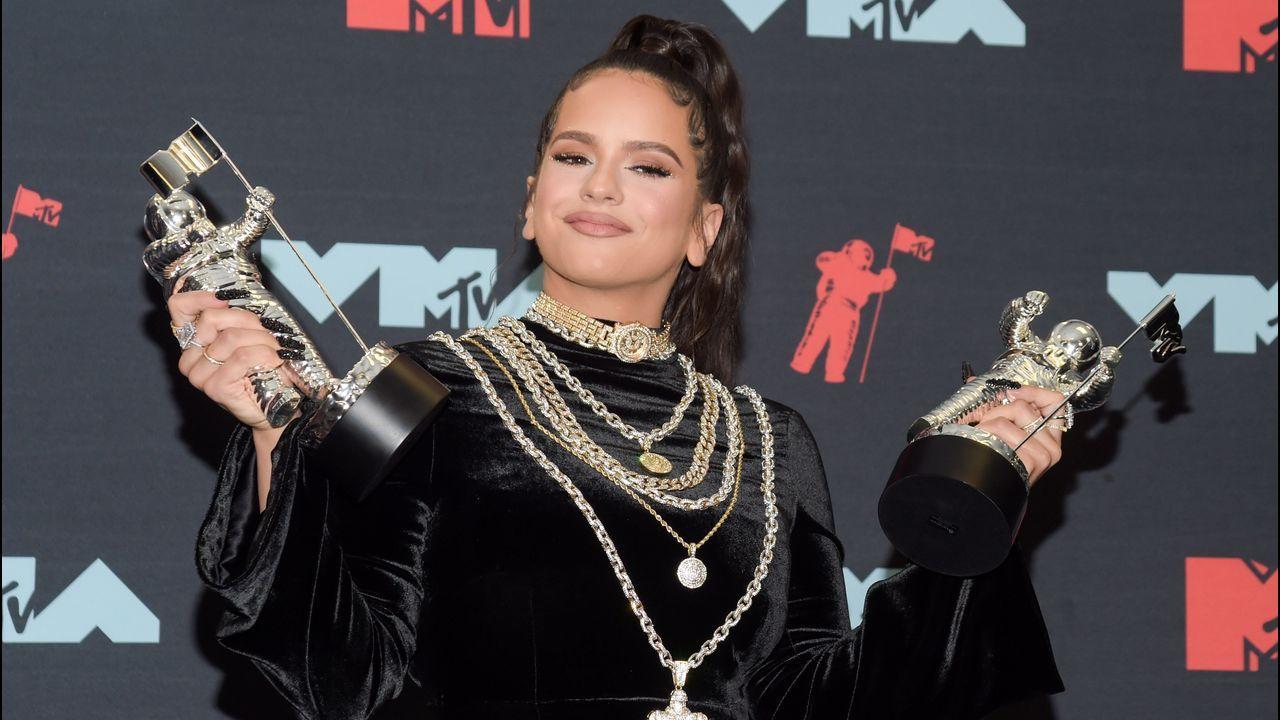 Rosalía triunfa en los MTV VMA con su tema con J Balvin «Con altura»