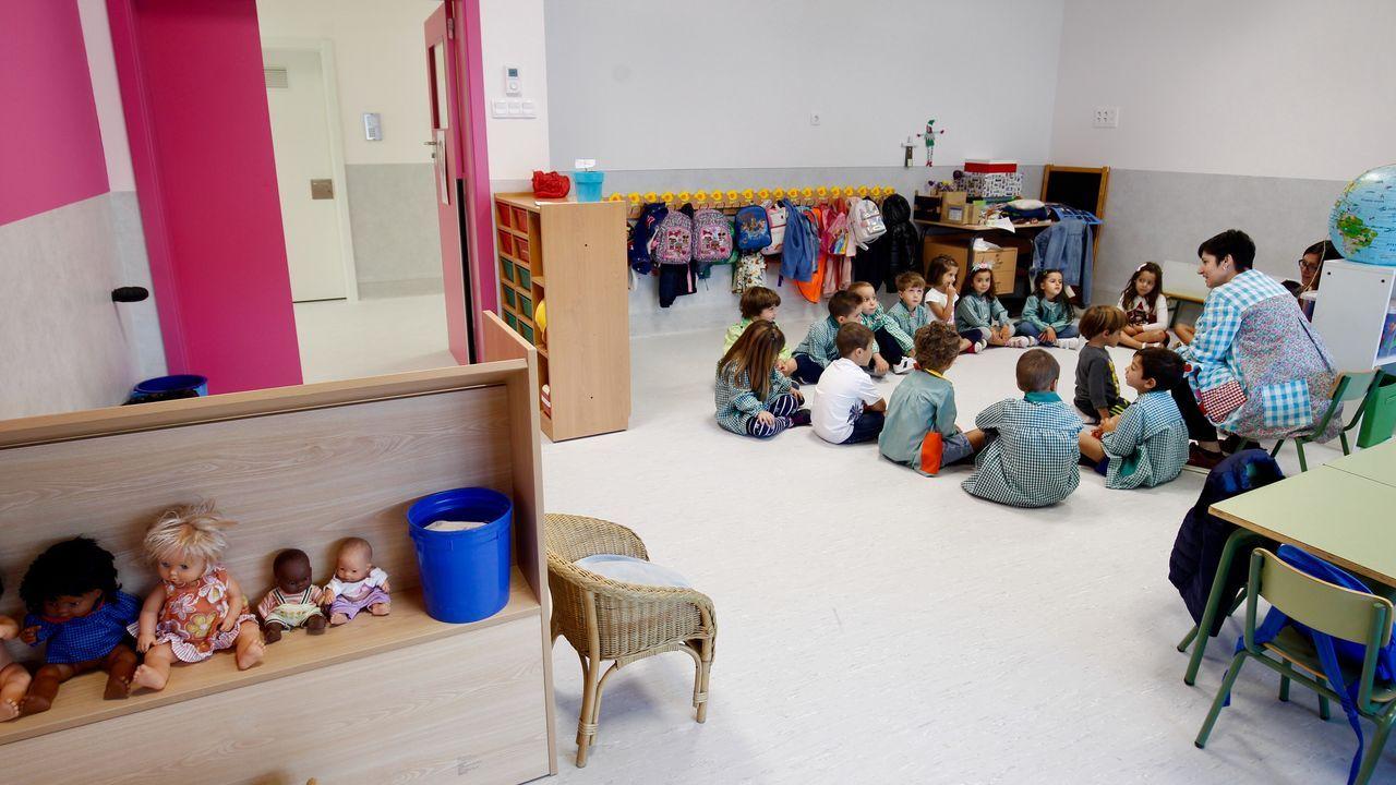 Inicio del curso escolar en el colegio Lamas de Abade con nuevas aulas