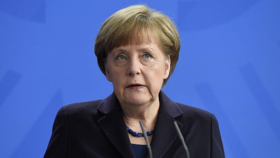 Angela Merkel comparece ante los medios