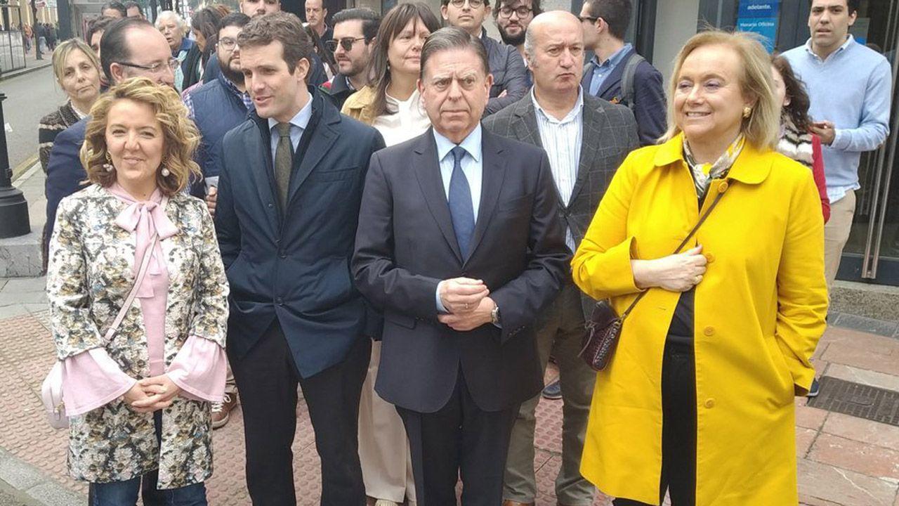 pp asturias.Teresa Mallada, Pablo Casado, Alfredo Canteli, Susana López Ares, Luis Venta y Mercerdes Fernández