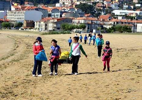 Cortejo nupcial en Venecia.El cuidado de las playas y los ríos protagoniza este curso.