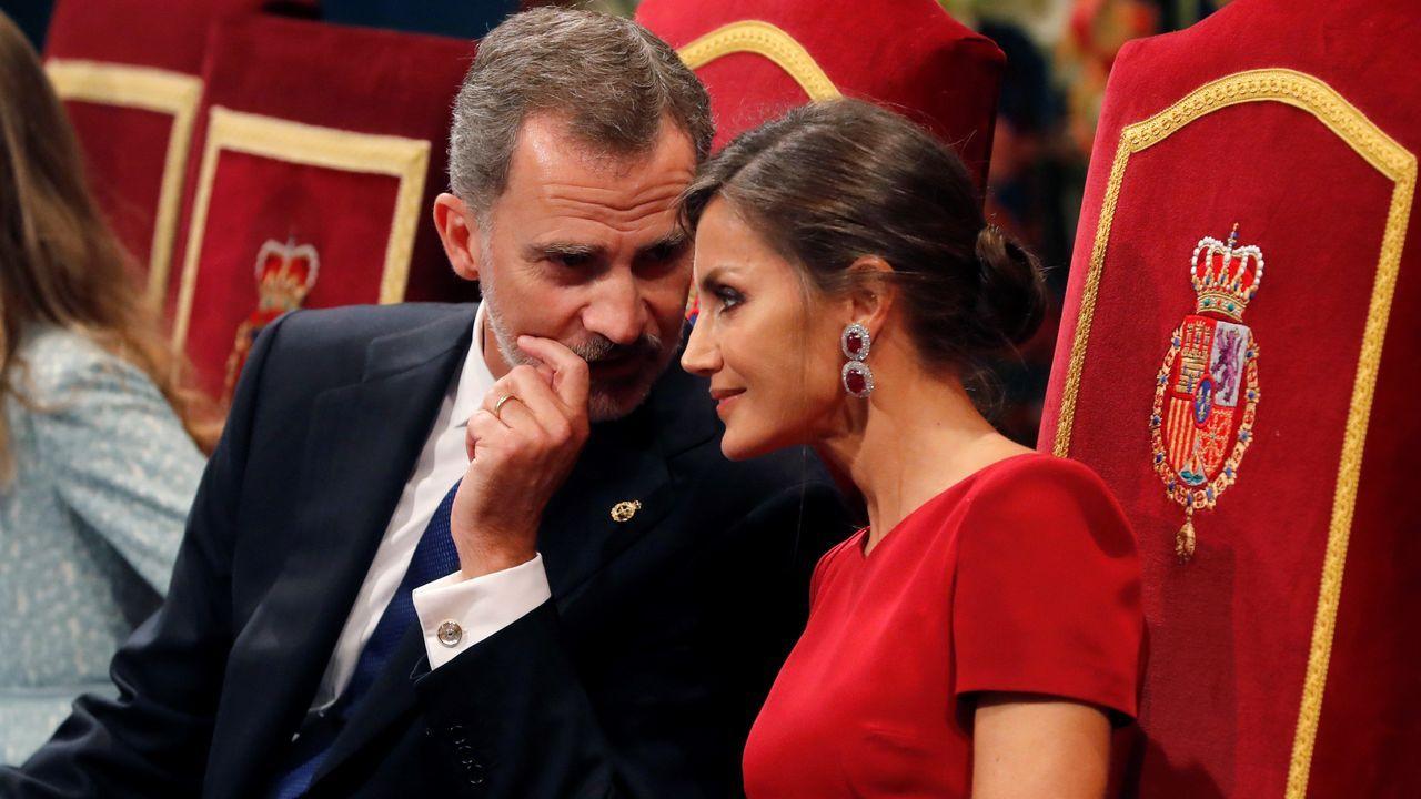EN DIRECTO: mensaje del rey Felipe VI.Los reyes Felipe y Letizia durante la ceremonia de entrega de los Premios Princesa de Asturias 2019