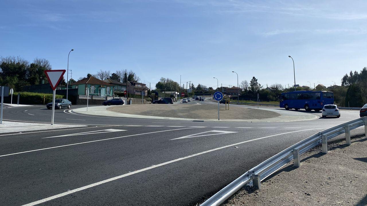 La diputación presenta el final de las obras de musealización del Castro Alobre.Paso de peatones en la PO-542 que el Concello quiere elevar y la Xunta no se lo permite