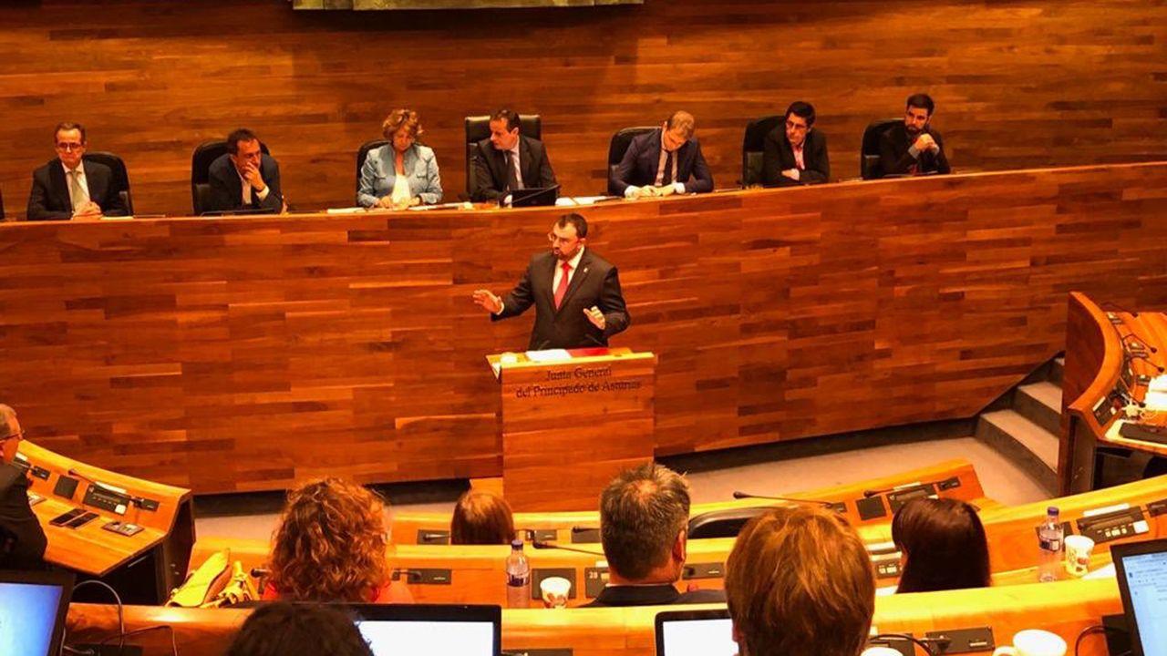 Adrián Barbón en la Junta General