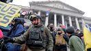 Miembros de Oath Keepers durante el asalto al Capitolio