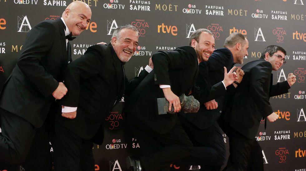 Equipo del corto «El corredor» tras recibir el Goya al Mejor Cortometraje de Ficción