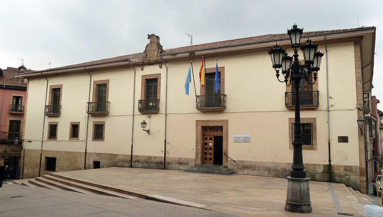Palacio de Inclán, donde en 1945 la Falange instaló la Sección Femenina provincial y que sirvió para las actividades de Stauffer