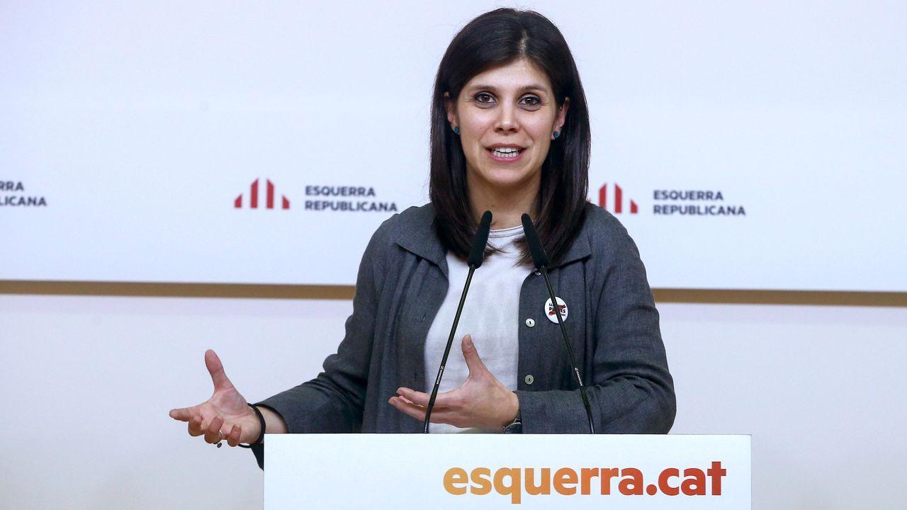 La jornada definitiva de la sesión de investidura, en imágenes..- La portavoz de ERC Marta Vilalta atiende a los medios de comunicación tras la reunión de la ejecutiva  de la formación política