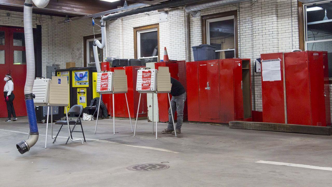 Centro de votación en Detroit, Michigan