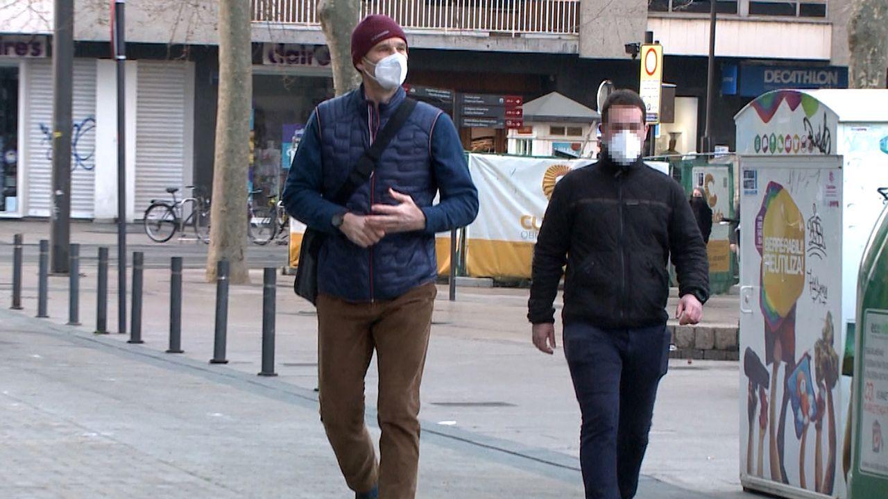 Urdangarin acude al bufete de abogados en Vitoria