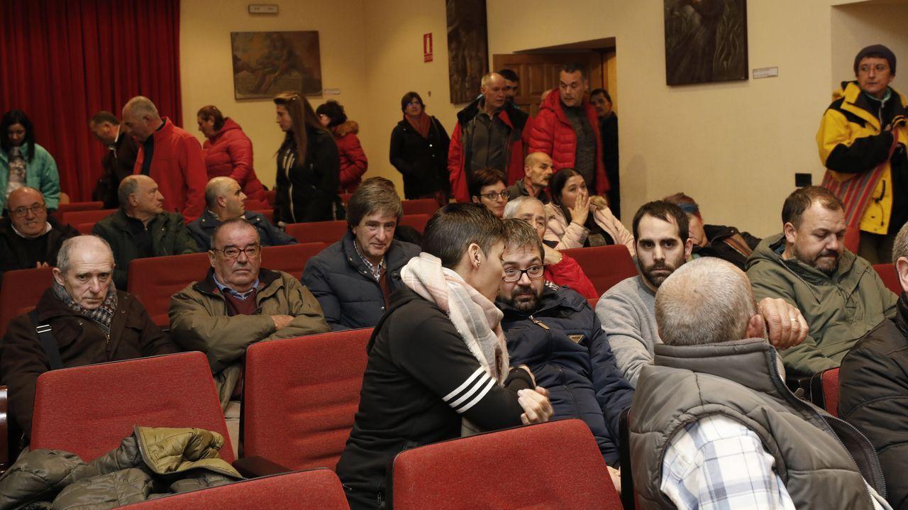 Las manifestaciones en Galicia contra el cierre del paritorio de Verín, en imágenes