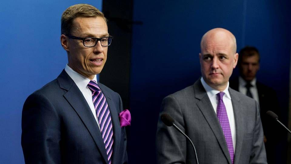 Primer Ministro de Suecia escucha al Primer Ministro de Finlandia, Alexander Stubb