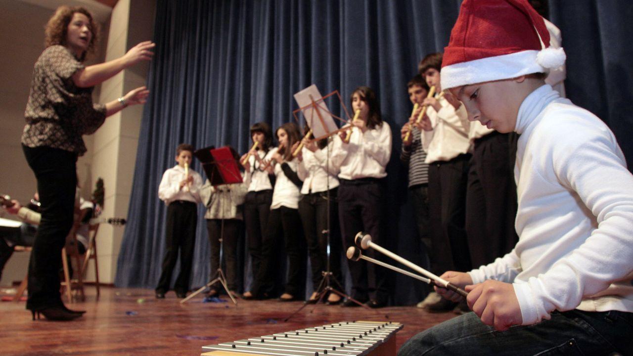 Brindis y premios en la comida navideña de Ribeira Sacra.Un festival navideño de la escuela de música de Sober, en una imagen de archivo