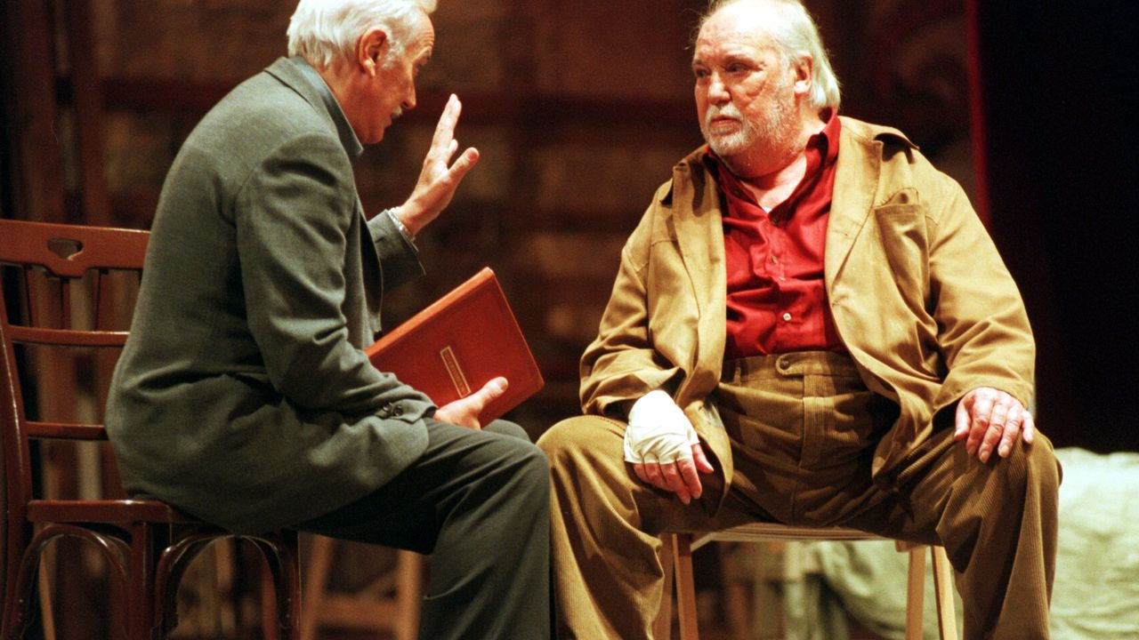 Bernat, con los profesionales que juzgarán a Hamlet