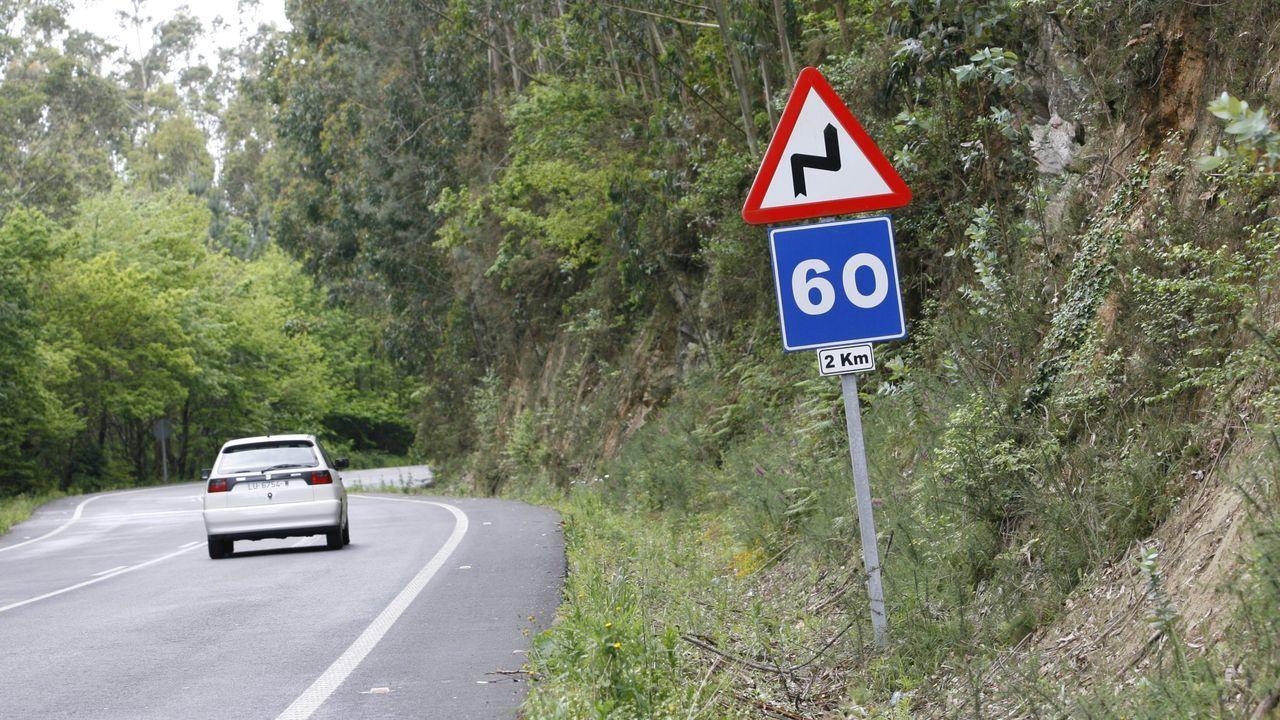 Así ocultaban el hachís los jubilados de Vilagarcía en su caravana.Zona de curvas del entorno de Arredoada, donde se plantean un nuevo trazado para la LU-540
