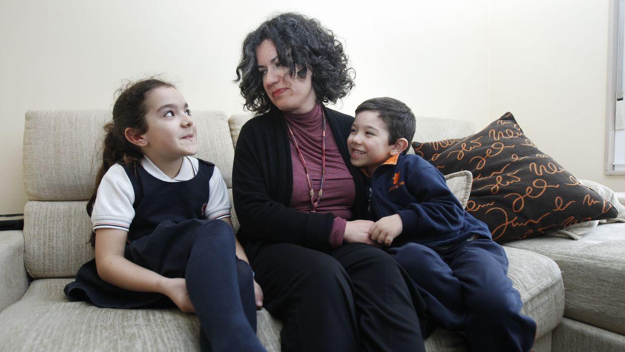 Pilar Castro, autónoma, y su marido, funcionario, ya habían planeado qué hacer ante una posible suspensión de clases para estar con sus dos hijos repartiendose las horas de cuidado