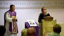 Vigilia en recuerdo de David Amess  en una iglesia católica de Leigh-on-Sea, localidad en la que el diputado fue asesinado