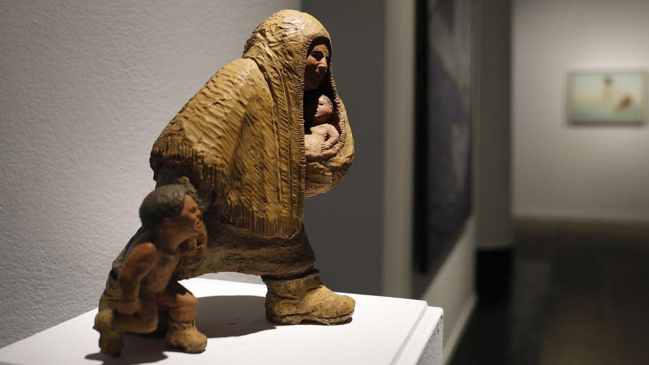 Escultura de Ramón Conde Bermúdez, «Nai con nenos»