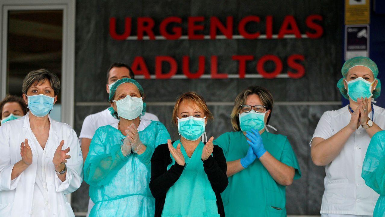 Un grupo de sanitarios de Urgencias del Hospital Universitario Central de Asturias (HUCA)