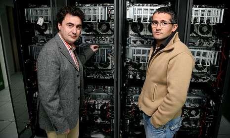 Los investigadores de la Universidade de Vigo, Fernando Obelleiro y Diego M. Solís.