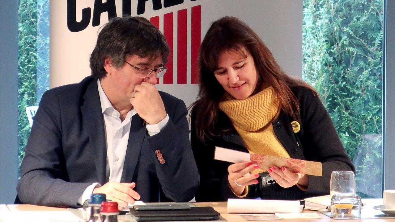 Laura Borràs en una reunión en Warterloo con Puigdemont