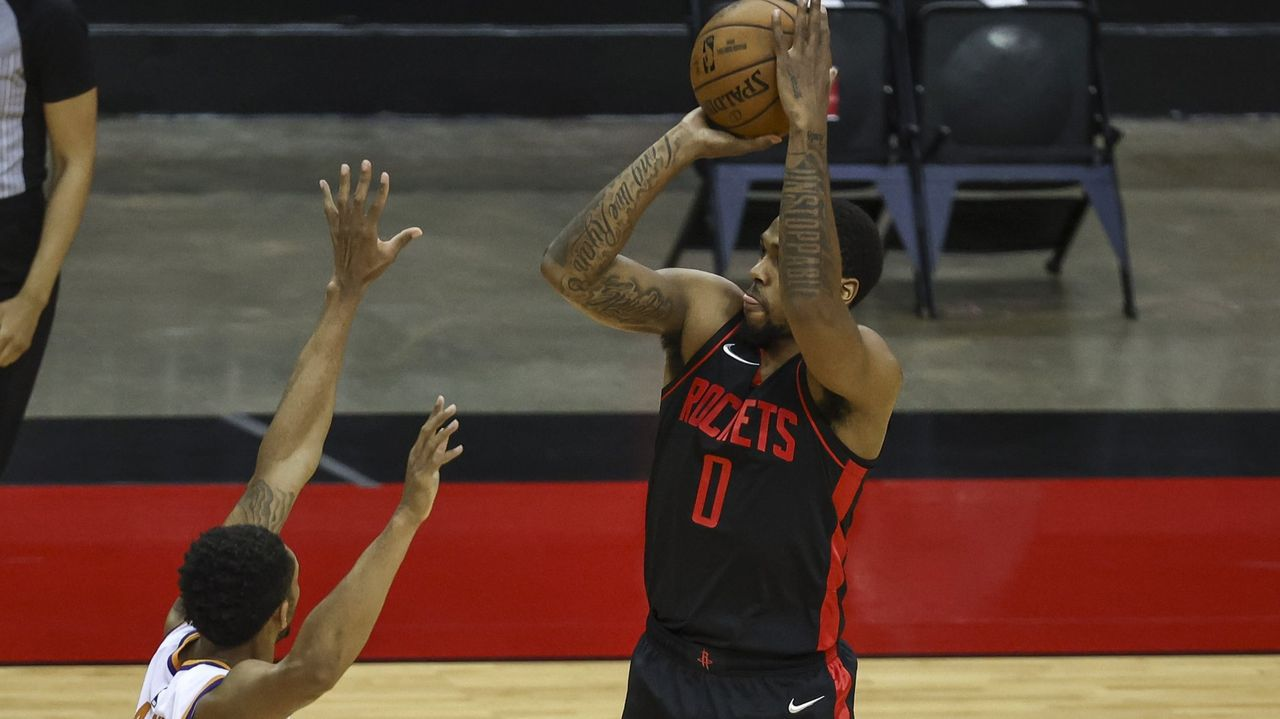 Sterling Brown, durante un partido de los Houston Rockets