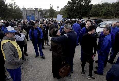 Los trabajadores encerrados participaron en la concentración de apoyo.